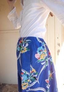 elastic waisted skirt side view of elastic
