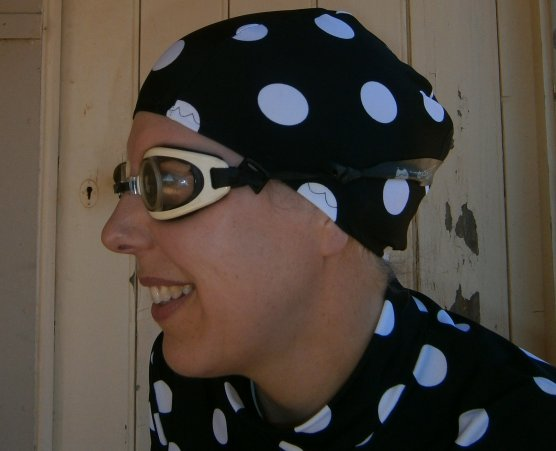 spotty bathing ensemble head and shoulders