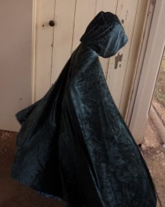 Free pattern dress ups cape green cape side view