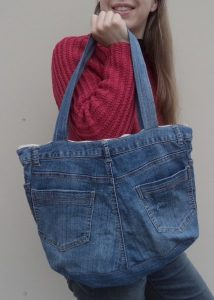 the-jeans-recycling-challenge-the-last-leg-jean-handbag