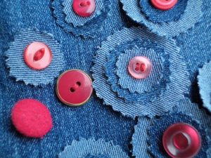 the-jeans-recycling-challenge-the-last-leg-knitting-bag-another-closeup-of-embellishment