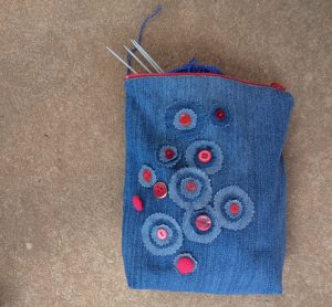 the-jeans-recycling-challenge-the-last-leg-knitting-bag-finished