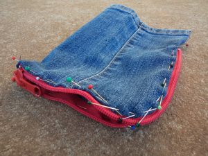 the-jeans-recycling-challenge-the-last-leg-little-zip-bag-zip-pinned-on