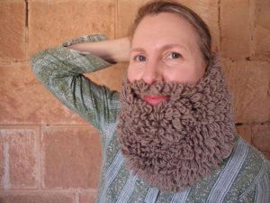 my-knitted-beard-collection-the-brown-loopy-beard