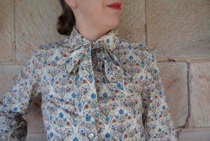 Free Pattern Pussycat Bow cream print blouse