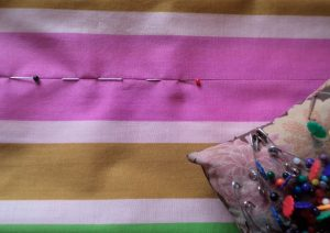 Like or Loathe it stitching in the ditch pinning the seam first