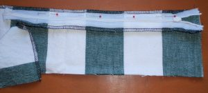 How to sew an invisible zip 10