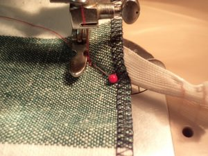 How to sew an invisible zip 14