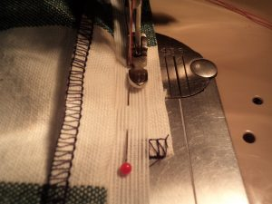 How to sew an invisible zip with facing 3