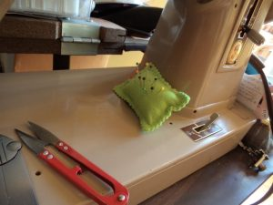 3 Great pincushion ideas velcro pincushion on sewing machine