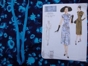 THAT blue dress Vogue 2787 pattern and fabric