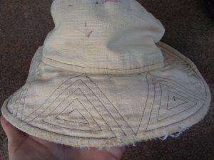 Free Pattern Make a Hat triangular stitching detail