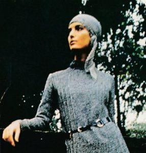 Free pattern Headscarf 1970s vibe