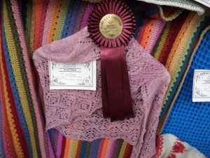 A day at the country show shawl with prize