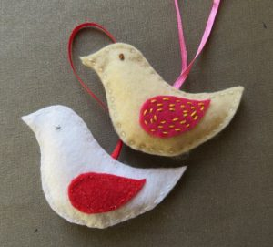 Free Pattern Crafting Christmas deccys Birds