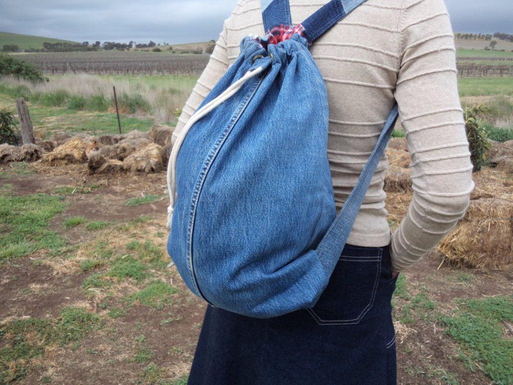 3hr denim backpack