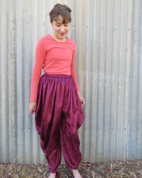 Magi trousers 1