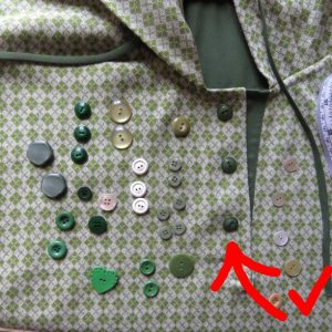 knit top experiment choosing buttons