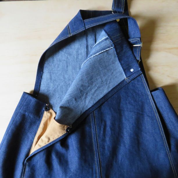 Smith Pinafore opened out pocket