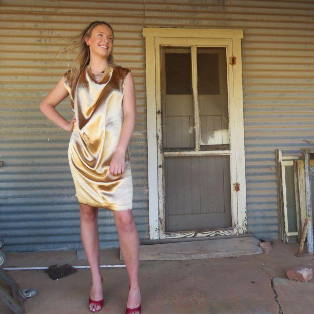 Ursa dress in gold satin