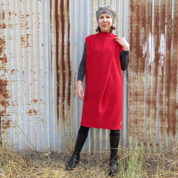 Ursa dress minimalist