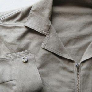 Sandie shirt with zip front closeup